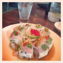 Sushi & sake  #sake #sushi #sushiroll #picassoroll #kumorisushi