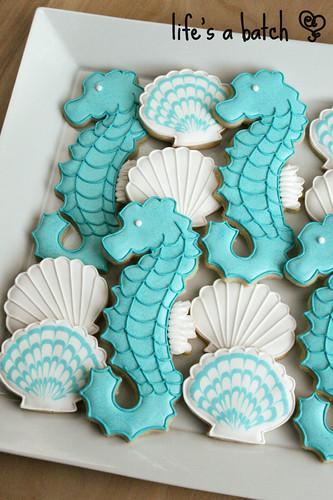 Seahorse & Seashell cookies.