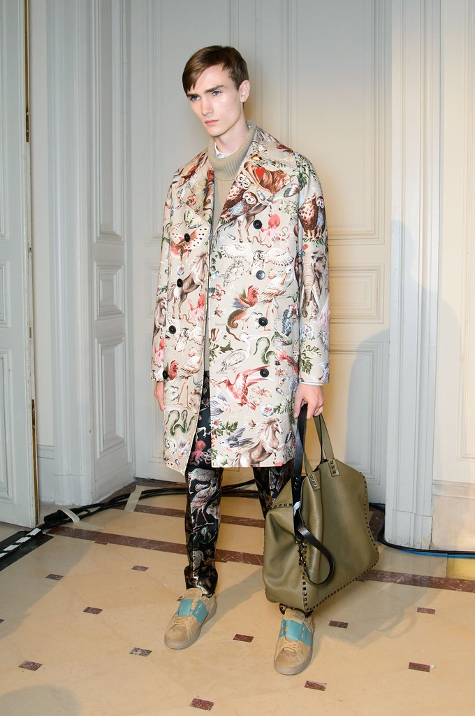 SS15 Paris Valentino428_Gryphon O'Shea(fashionising.com)