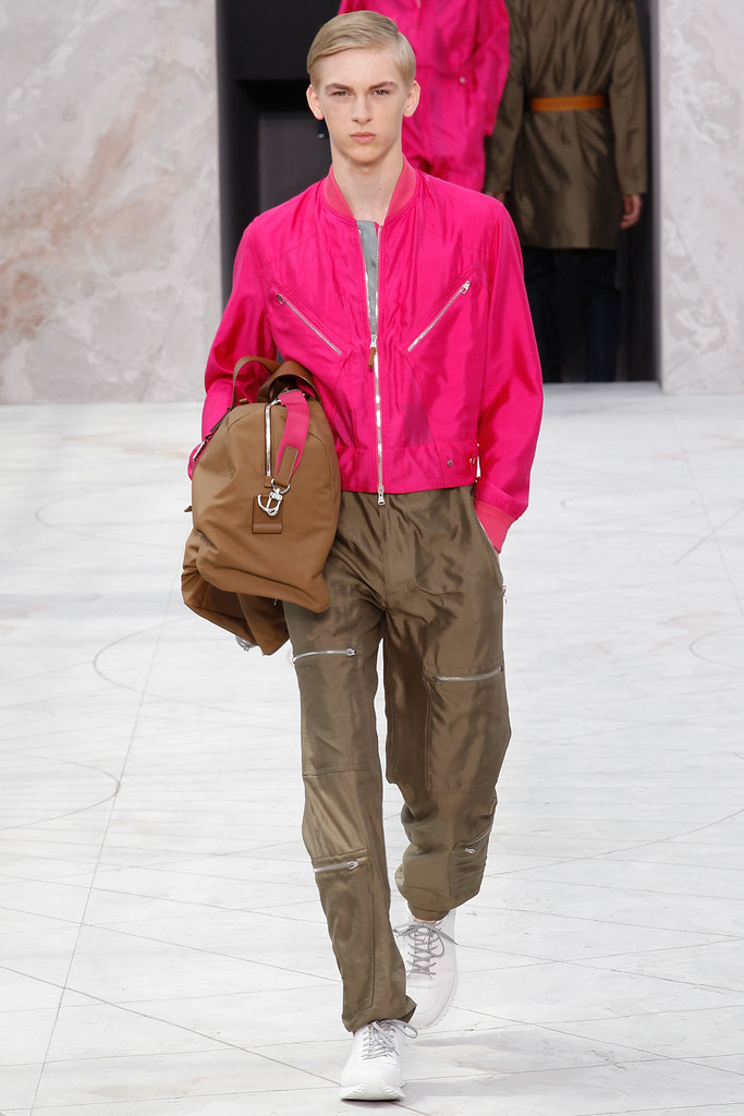 Dominik Sadoch3145_SS15 Paris Louis Vuitton(VOGUE)