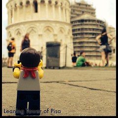 Tourist #legopau shooting the Leaning Tower. #italy #pisa #tuscany