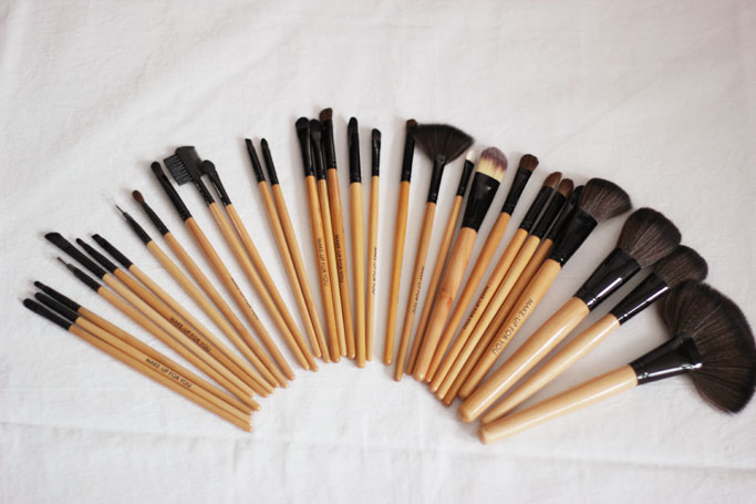 Brushes Review - Make up Brushes Set