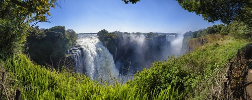 africa travel panorama water river fun reisen nikon safari waterfalls zimbabwe victoriafalls zambia zambezi nikond7000