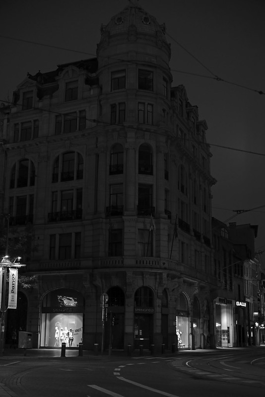 night falls in Antwerp