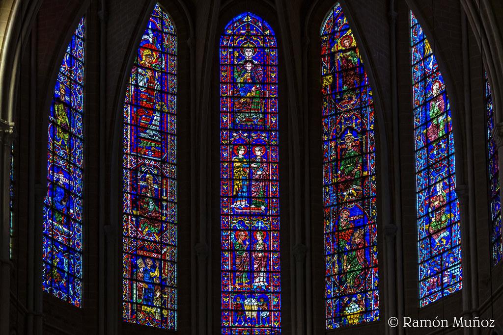 Vidrieras De La Catedral De Chartres Arquitectura Comunidad