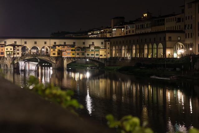Florencia de noche
