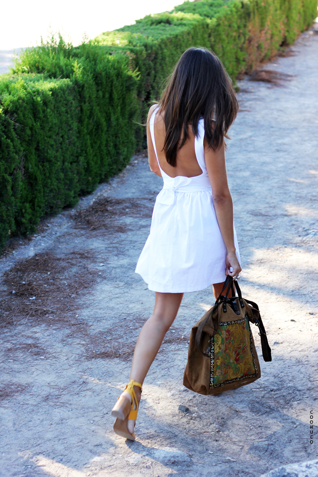 white dress coohuco 10