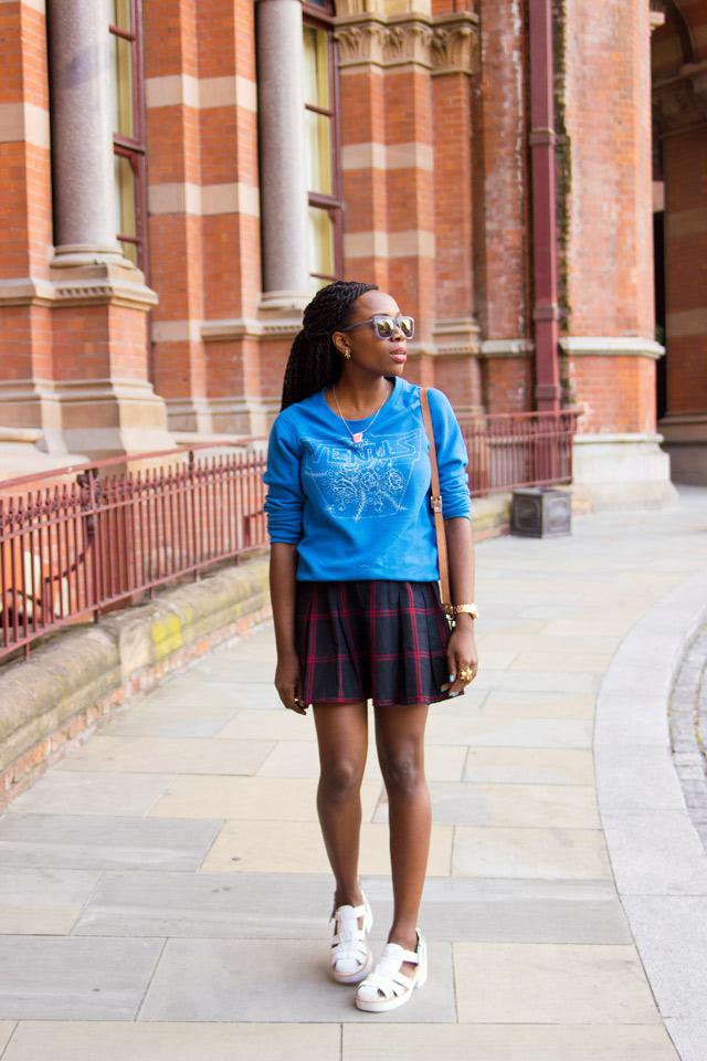 preppy outfits sweatshirt with tartan skirt