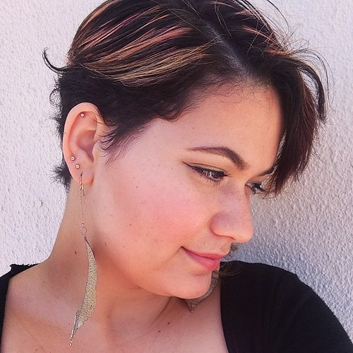 LOTD #lookoftheday #lotd #hair #shorthair #rozhairdesign #pink #pinkhair #selfie #jewelry #lovisa #trend #summer #spring #spring2014 #rabbitandrobinfashion  www.therabbitandtherobin.co.za {follow me @robindeel on Instagram} Official @rabbitandrobin  #blog