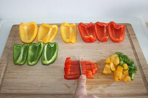 30 - Paprika würfeln / Dice bell pepper