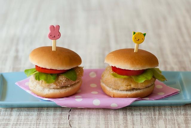 Ecco la prima ricetta con Cukò: hamburger di ceci e patate, per i piccoli ma non solo