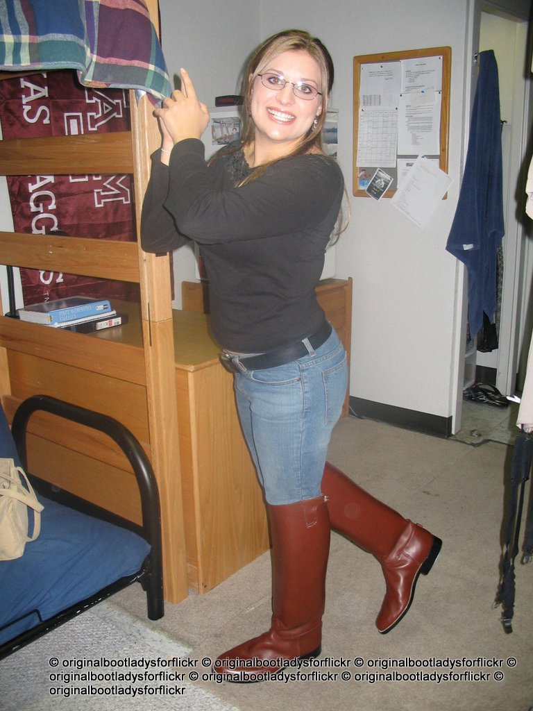 Dress boots pictures
