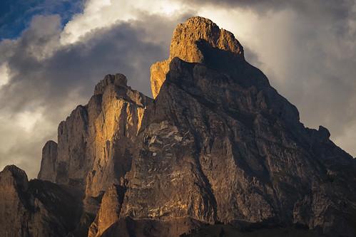 sunset mountain nature rock clouds contrast de landscape high skylight montblanc varan aiguille