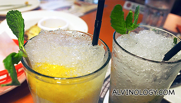 Ice cold lemonade (S$6.90) and Virgin Lychee Mojito (S$8.90)