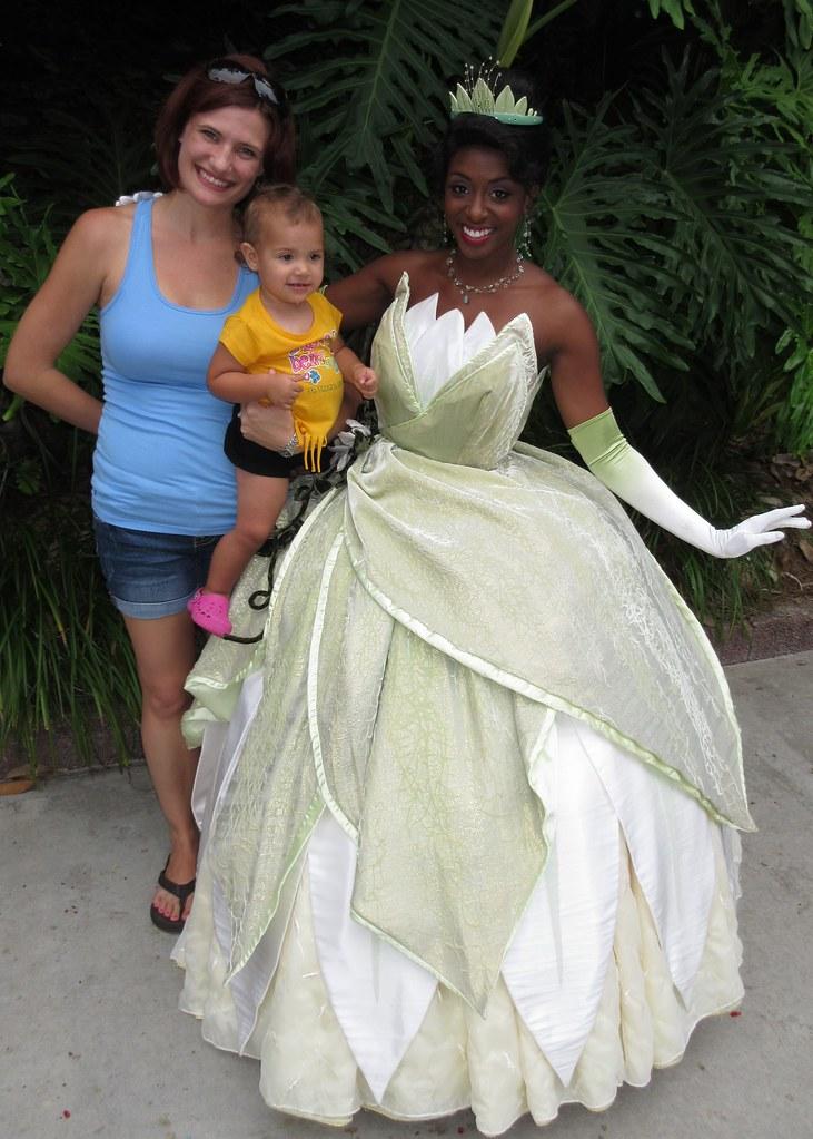 Disney Tiana Wedding Dress 44 Vintage Disney us Hollywood Studios