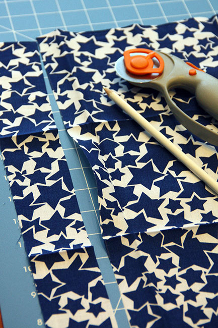 Make_Cut-a-strip-of-fabric