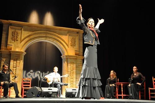 AionSur 14440025985_3b7661f723_d Un espectáculo de estrenos para la primera jornada Al Gurugú 2014 Flamenco  Primer jornada Al Gurugú 2014