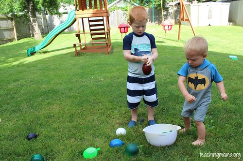 Alphabet Game with Water Balloons (Photo from Teaching Mama)