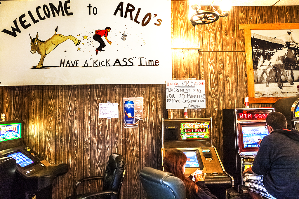 WELCOME-TO-ARLO'S--Wolf-Point