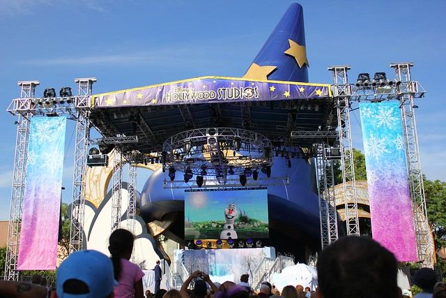 Frozen Summer Fun LIVE! at Disney's Hollywood Studios