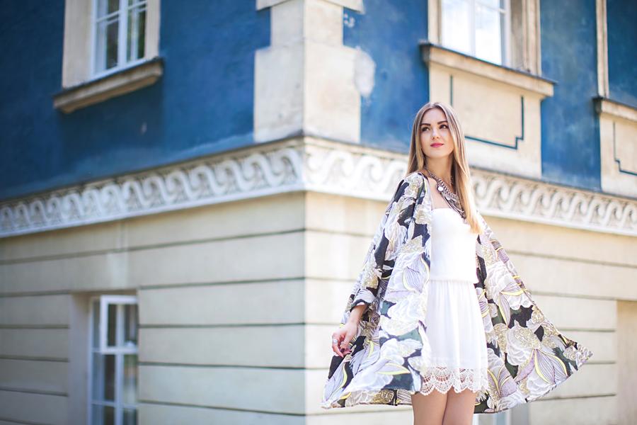 fashion-blogger-nika-huk-ukraine-kimono-outfit