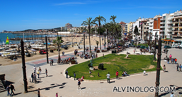 The vibrant beach in Sitges