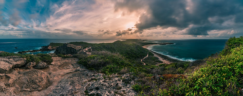 sunset sky panorama cliff storm nature clouds landscape coast sonnenuntergang natur himmel wolken windy stormy atlantic caribbean landschaft guadeloupe antilles küste atlantik wolkig kleine sturm caraibes antillen karibik klippe bedrohlich pointedeschateaux