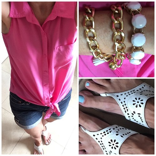 It's 110 degrees out sticking with a casual look #ootd #instafashion #gap shirt #oldnavy shoes #Ross bracelets #wristsoiree