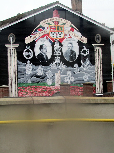 Loyalist definition meaning for Definition mural