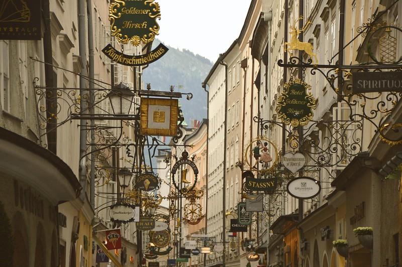 Salzburg Signs