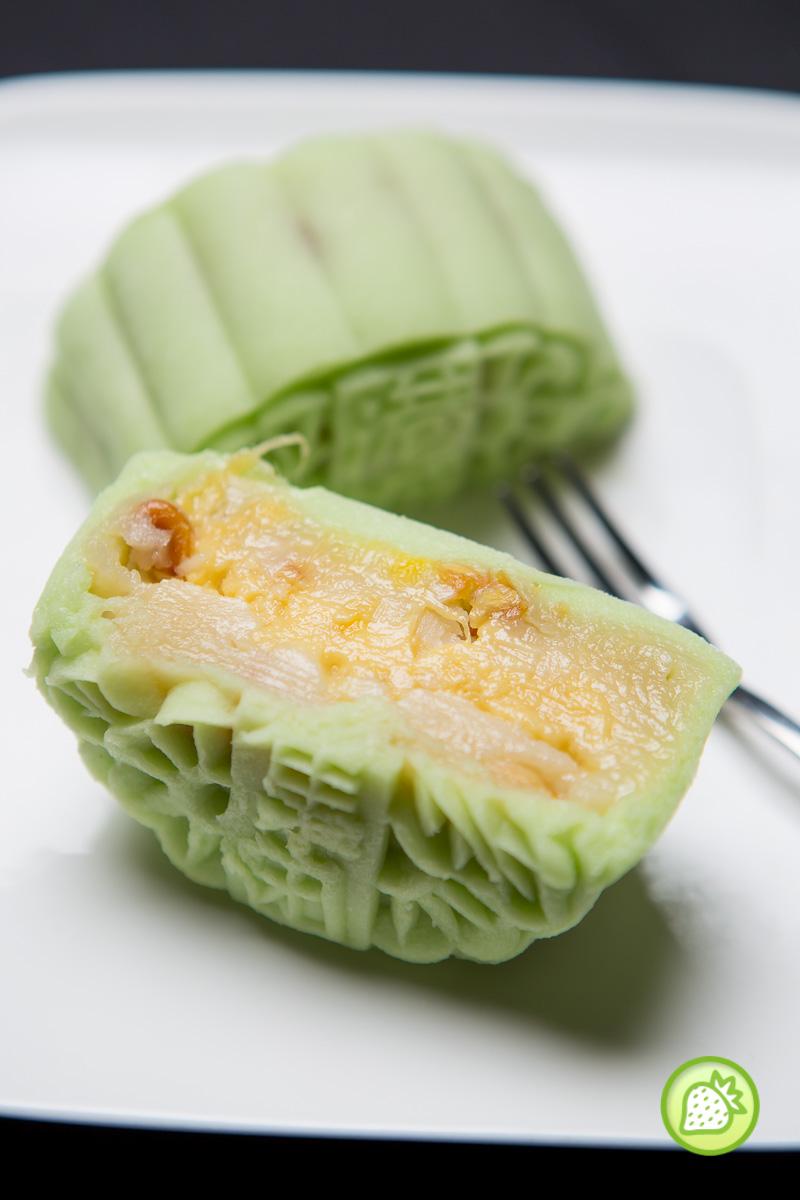 oriental mooncake