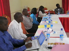 On the 31st of July 2014, members of Collectif 24, supported by Internews and Albany Associates gathered in Kinshasa to evaluate the process of adopting a new law on access to information in the DRC. While access to information is a right guaranteed by th
