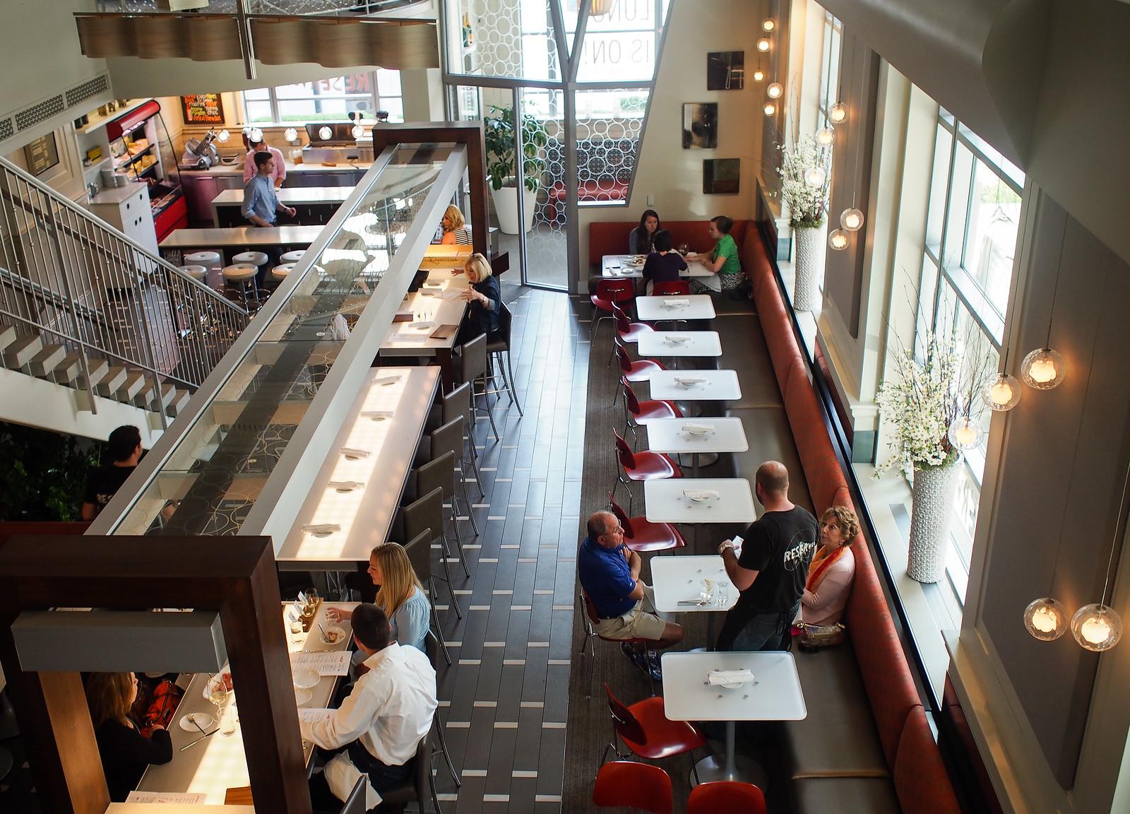Reserve Grand Rapids dining room