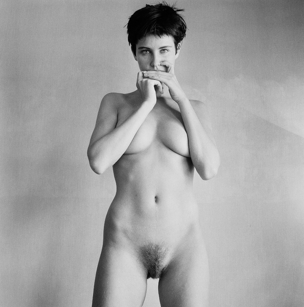 Photographer jonathan icher provocative new series send nudes