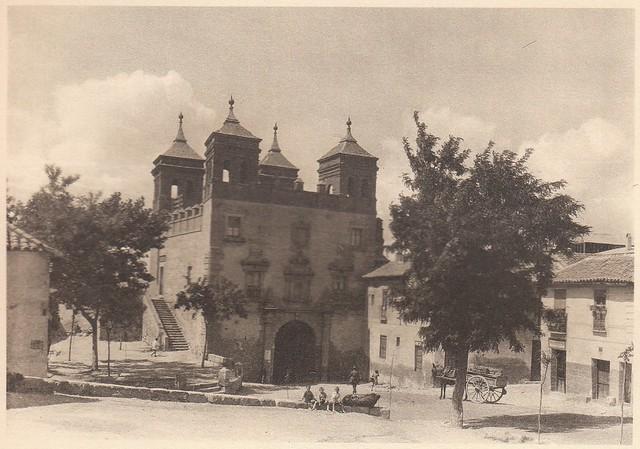 Puerta del Cambrón a principios del siglo XX. Fotografía de Henri Bertault-Foussemagne  publicada en el libro L´Espagne, provinces du Nord, de Tolède a Burgos de Octave Aubry en 1930