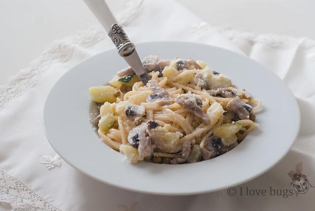 Pasta con verduras al romero