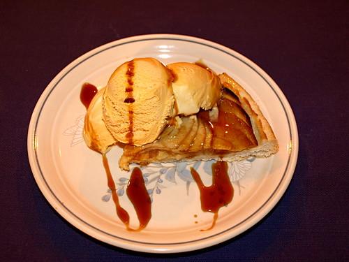 Miel de Palma on ice cream & apple pie