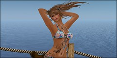Sai-CommuneDock-Bikini-001a