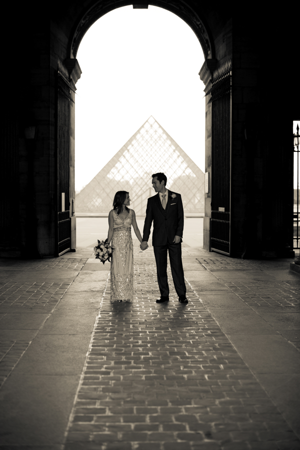 Hello Framboise's Wedding--Louvre Silhouette :: Photo Juliane Berry