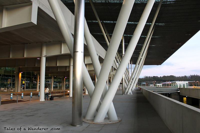 SANTIAGO DE COMPOSTELA - Aeroporto de Santiago de Compostela-Lavacolla