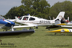 N225RL CIRRUS DESIGN CORP SR22 2981 PRIVATE - Sywell - 20130601 - Alan Gray - IMG_9230