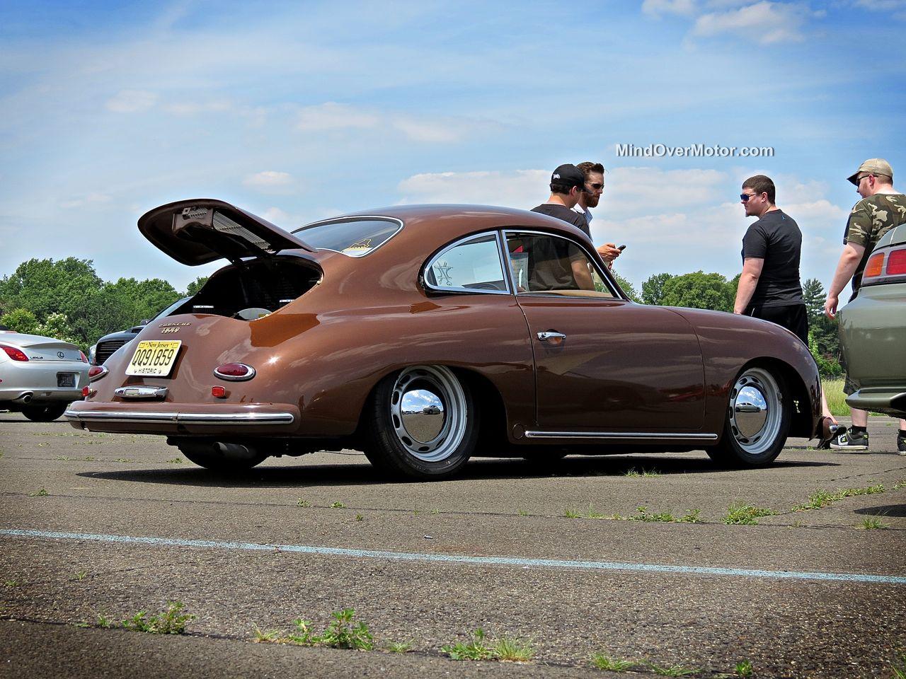 Slammed Porsche 356 at CF Charities