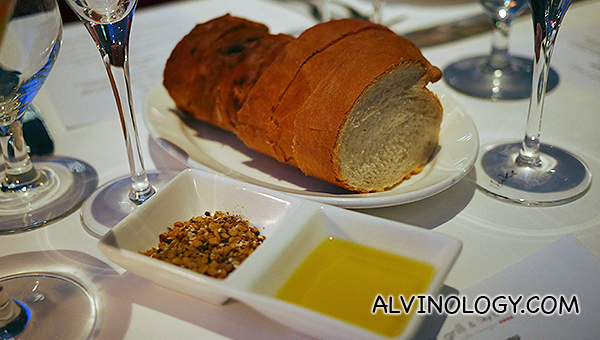 Bread selection with Luke Mangan olive oil and dukkah (Macadamia, Cashew, Sesame, Cumin, Coriander and Salt)