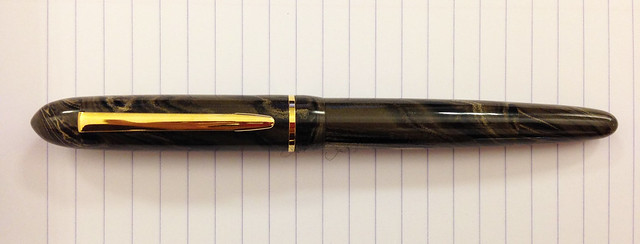 Review: @EdisonPenCo Menlo Acrylic & Ebonite - Broad & 1.1mm Steel
