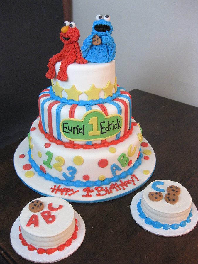 Elmo Cookie Monster Cake. Baby Cookie Monster Cake