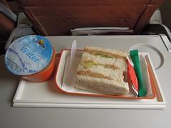 Lunch/snack, MI 350, SIN - PEN