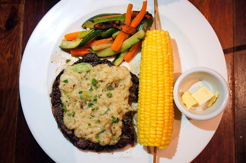 "Tony Roma Raises the ""Steaks"" - more steaks -005"