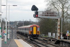 442 2405 tails 442 2409 1D68 1215 Victoria - Gatwick Airport as they hurry through Balham (1222) Monday 18th March 2014
