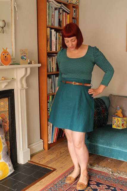 Anemone skirt in teal linen