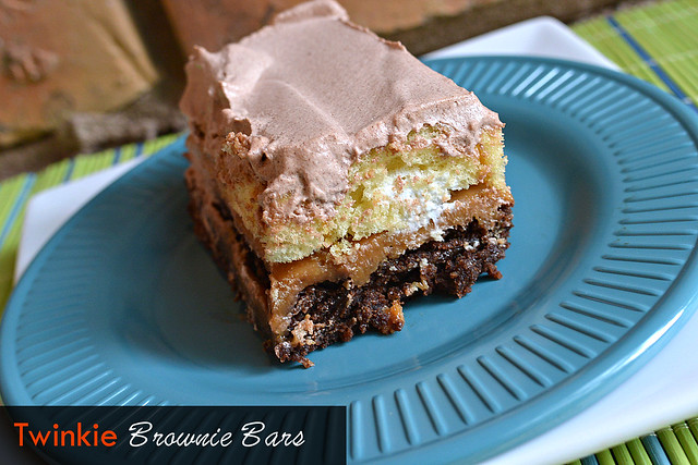 Twinkie-Brownie-Bars-#MC-#TwinkieCookbook.jpg